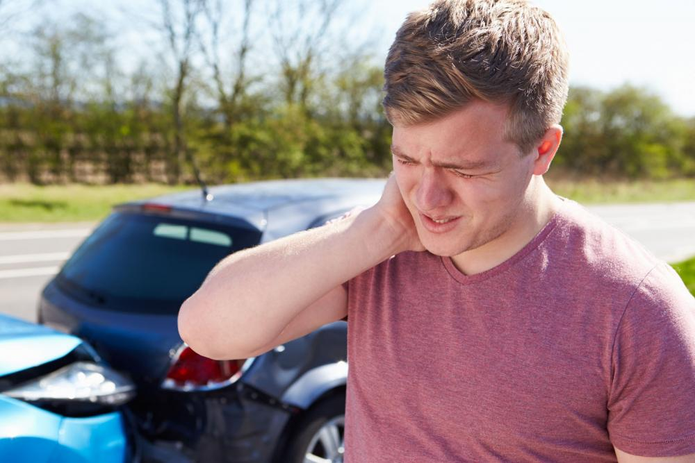 whiplash treatment with our roseville chiropractor
